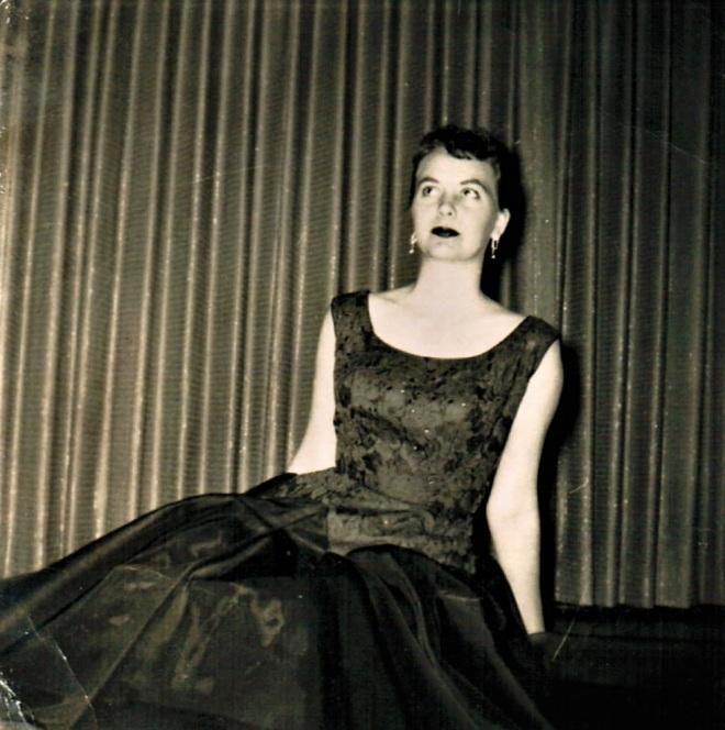 1954 Faye Posed 3